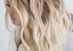 Eye Catching Beach Blonde Hairstyles for Girls