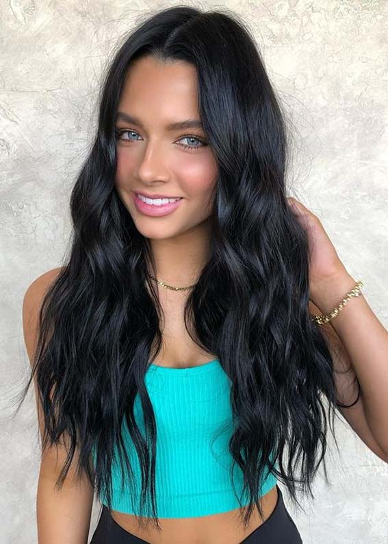 Gorgeous Long Wavy Black Hairstyles