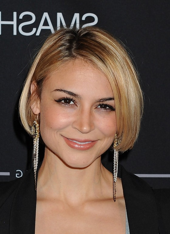 Samaire Armstrong Short Inverted Bob Haircut Styles Weekly