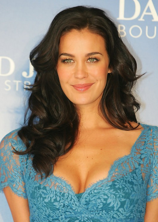 Megan Gale Hairstyles Celebrity Latest Hairstyles 2016