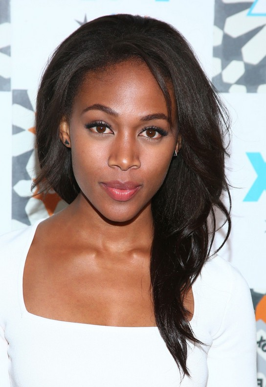 Nicole Beharie Long Side Swept Hairstyle For Black Women