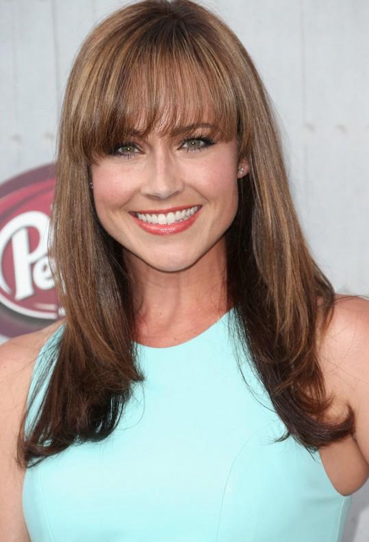 Nikki Deloach Long Brown Straight Haircut With Eye Grazing