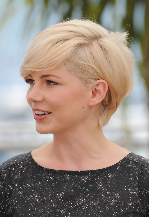 Side View Of Michelle Williams Cute Short Side Parted