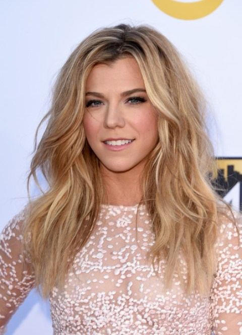 Kimberly Perry Teased Hairstyle