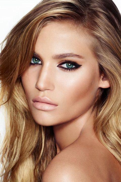 Nude Lipstick Makeup Idea for Brides