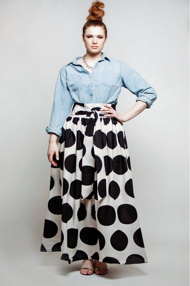 Resultado de imagen de plus size polka dot skirt with denim shirt