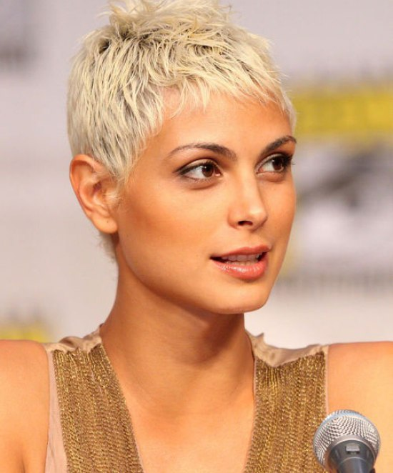 Morena Baccarin Super Short Pixie Hairstyle