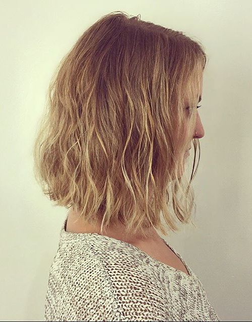 soft wavy a-line bob hairstyle for medium length hair
