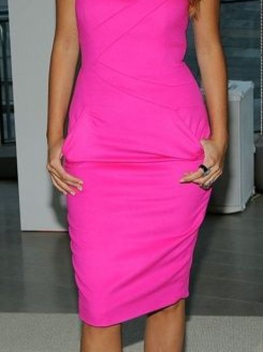 Blake Lively - Stylish Ways to Wear Pink This Summer
