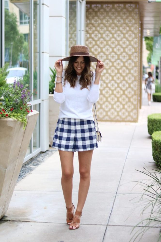 how to wear gingham shorts, why I love gingham shorts