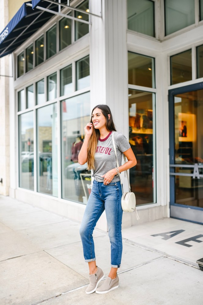 boyfriend jeans and grateful tee