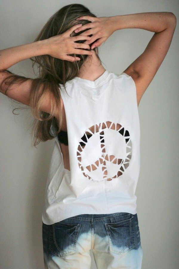 13 white t shirt cutting - 25 DIY T-Shirt Cutting Ideas for Girls