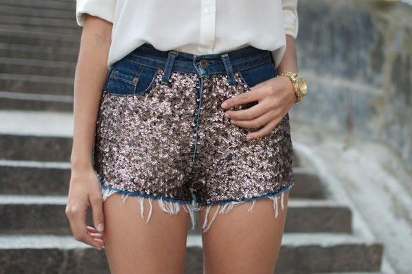 18 sequins shorts - 20 Cool DIY Shorts Ideas for Girls