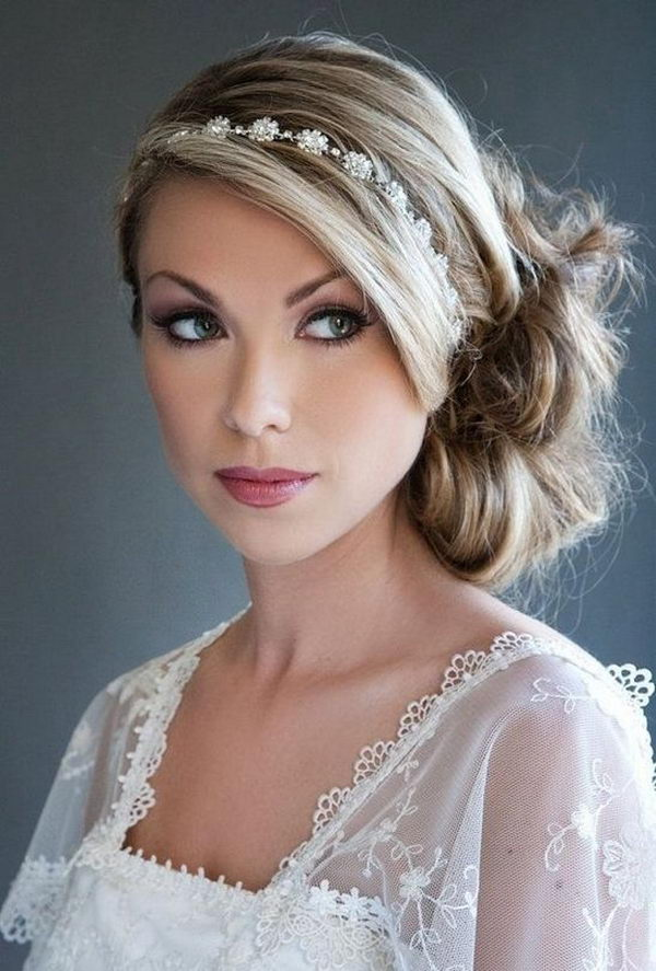 25 cool hairstyles with headbands for girls - 25 Cool Hairstyles with Headbands for Girls