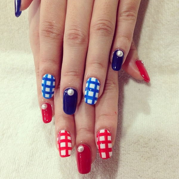26 cute 4th of july patriotic nail art - 36 Cute 4th of July Patriotic Nail Art Ideas
