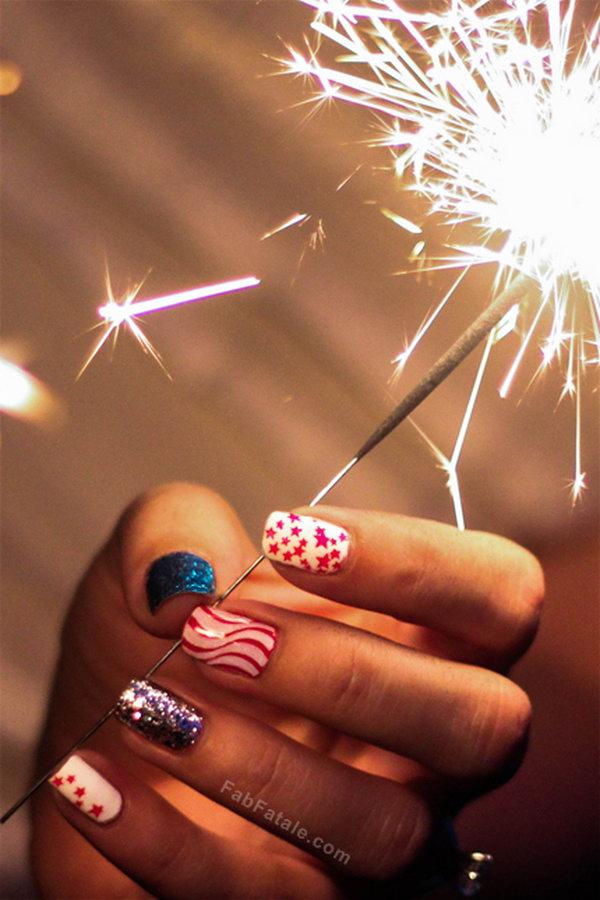 24 glitter 4th of july nails - 20+ Glitter 4th of July Nail Art Ideas & Tutorials