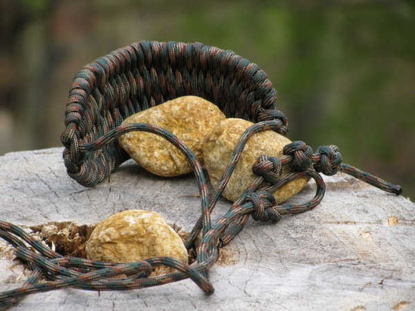 2 diy paracord projects - Cool DIY Paracord Projects