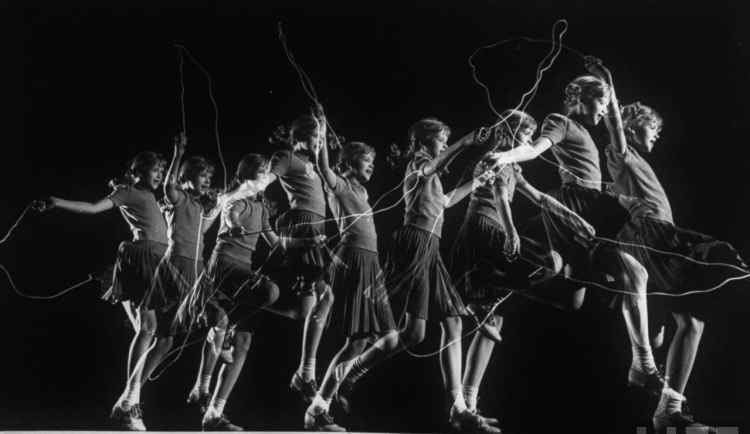 Multiple exposures photograph by Gjon Mili