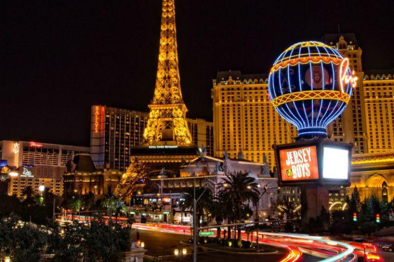 las vegas night travel