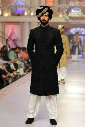 Traditional Style Groom & Bridal Wear By Arslan Iqbal 2015-16 3