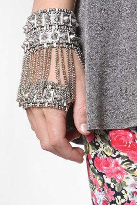 hand chain jewellery