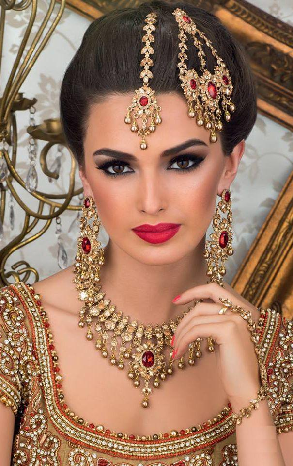 Bridal head jewellery