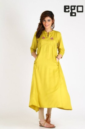 Women Casual Outfits Kurti Designs