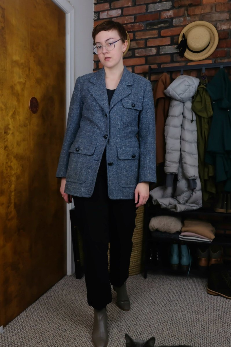 Details: Top, Pants, Boots -  Everlane ; Blazer - secondhand (it belonged to one of the priests at my previous church!)