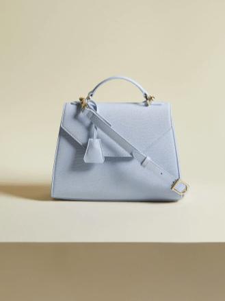 Italic's Innovative Business Model - leather handbag