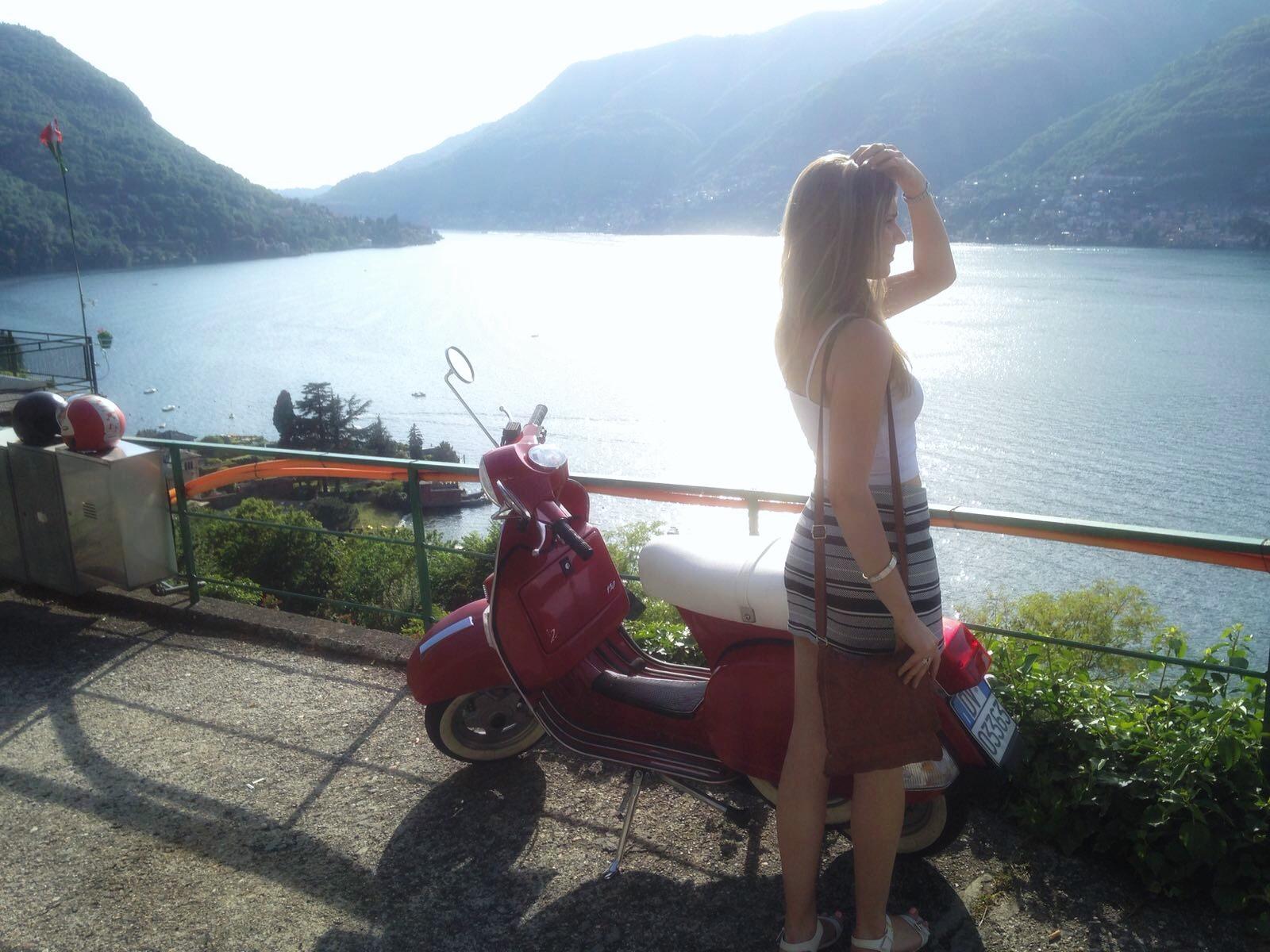 Italy, Lake Como, Vespa, fashion blogger