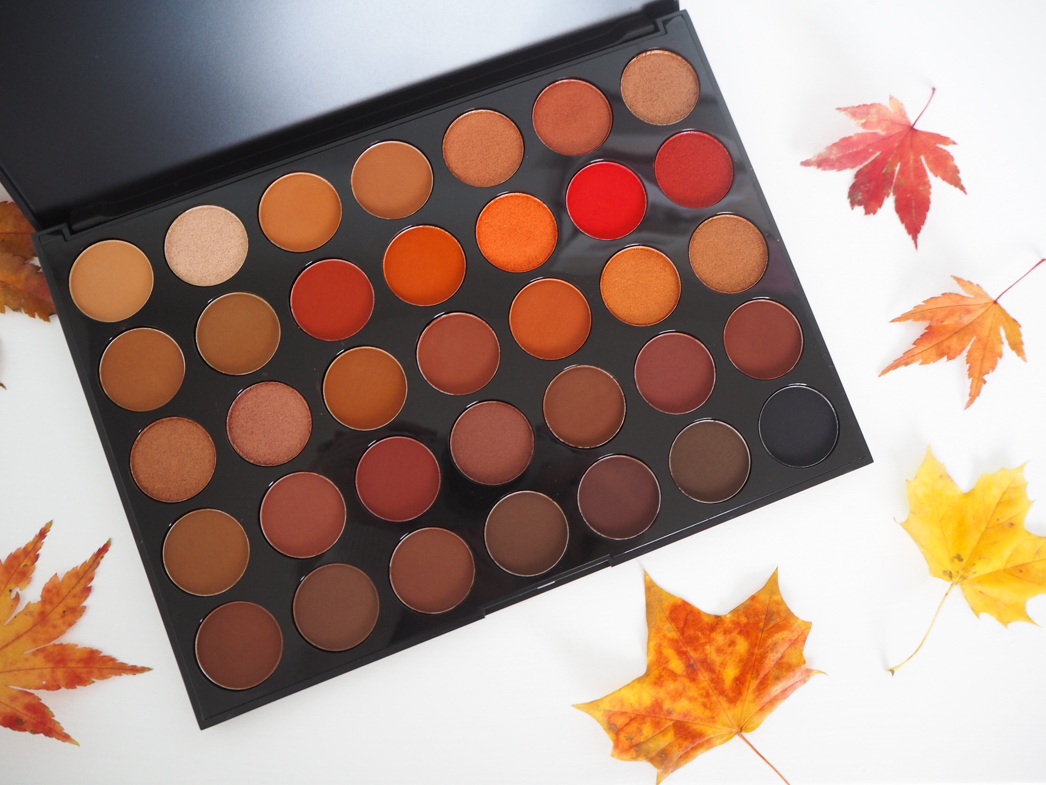 morphe 3205 second nature eyeshadow palette