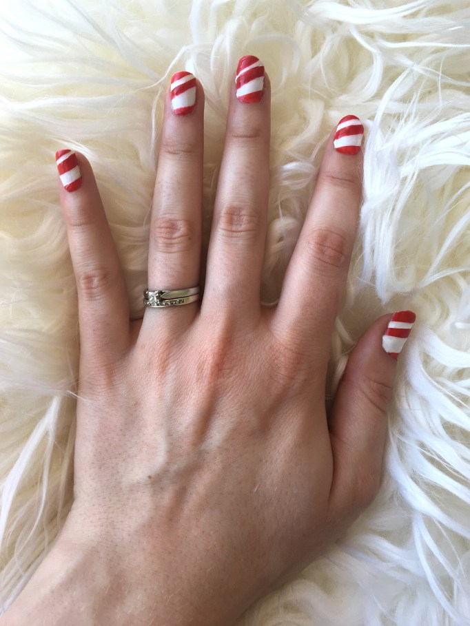 Christmas Candy Cane Nails 7