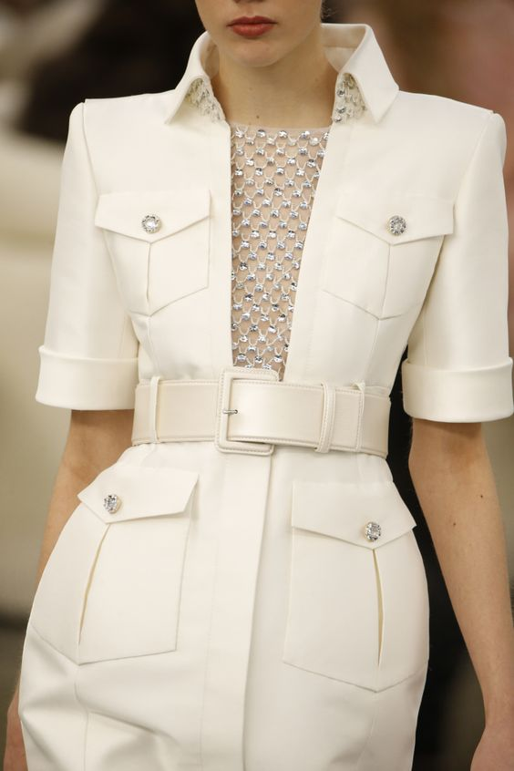 Details at Chanel Couture Spring 2017