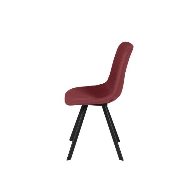 chaise rouge style scandinave pieds métal