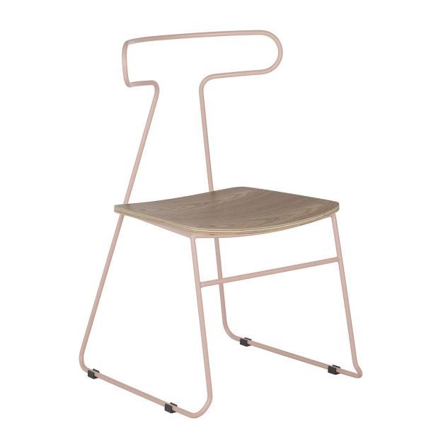 chaise métal rose