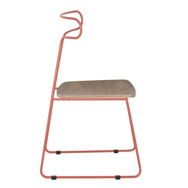 chaise bois et métal rose