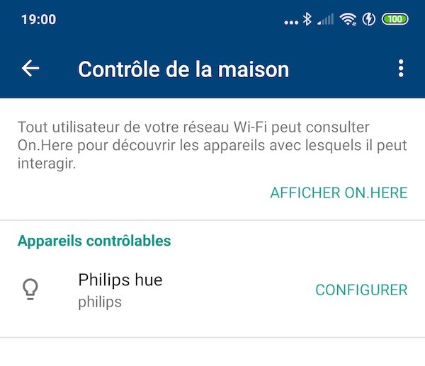 Google Wifi et Philips Hub