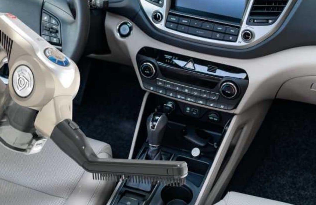 aspirateur sans fil sans sac voiture