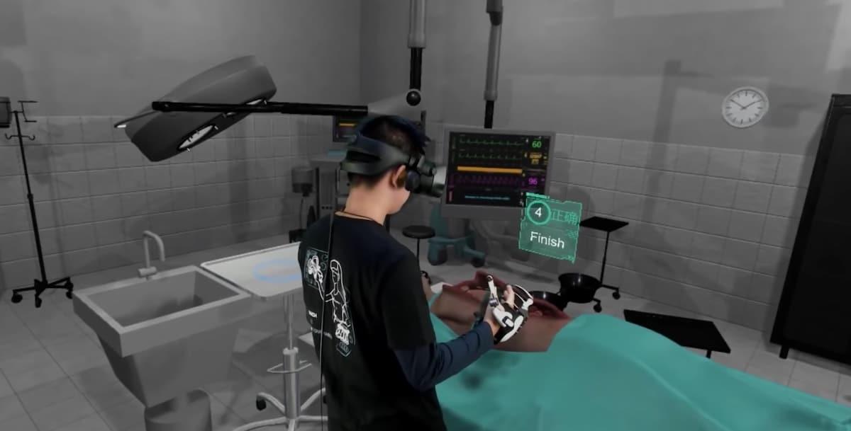 Dexta Robotics application Dexmo Haptic
