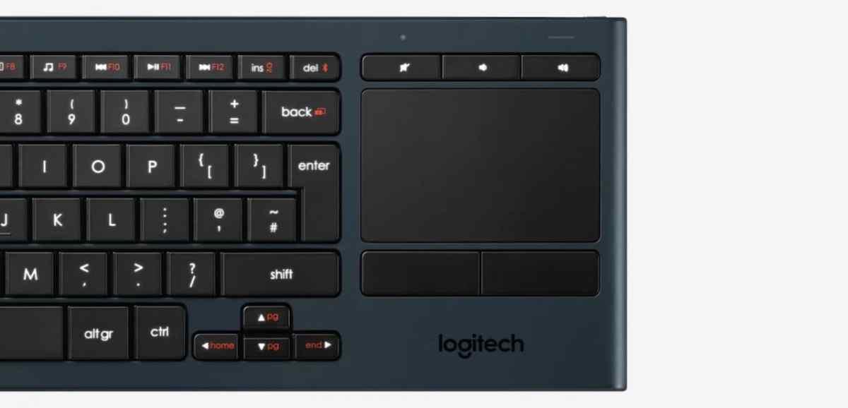 Logitech K830 clavier pavé tactile