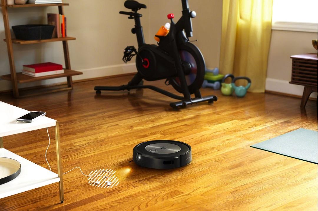 iRobot Roomba j7+ test