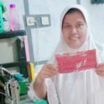Pengrajin masker asal Cirebon