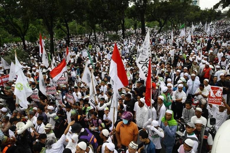Padati Aksi 112, Massa FPI: Ini Demi Bela Islam