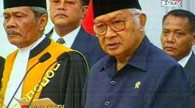 21 Mei 1998, 19 Tahun Soeharto Lengser Setelah 32 Tahun Berkuasa