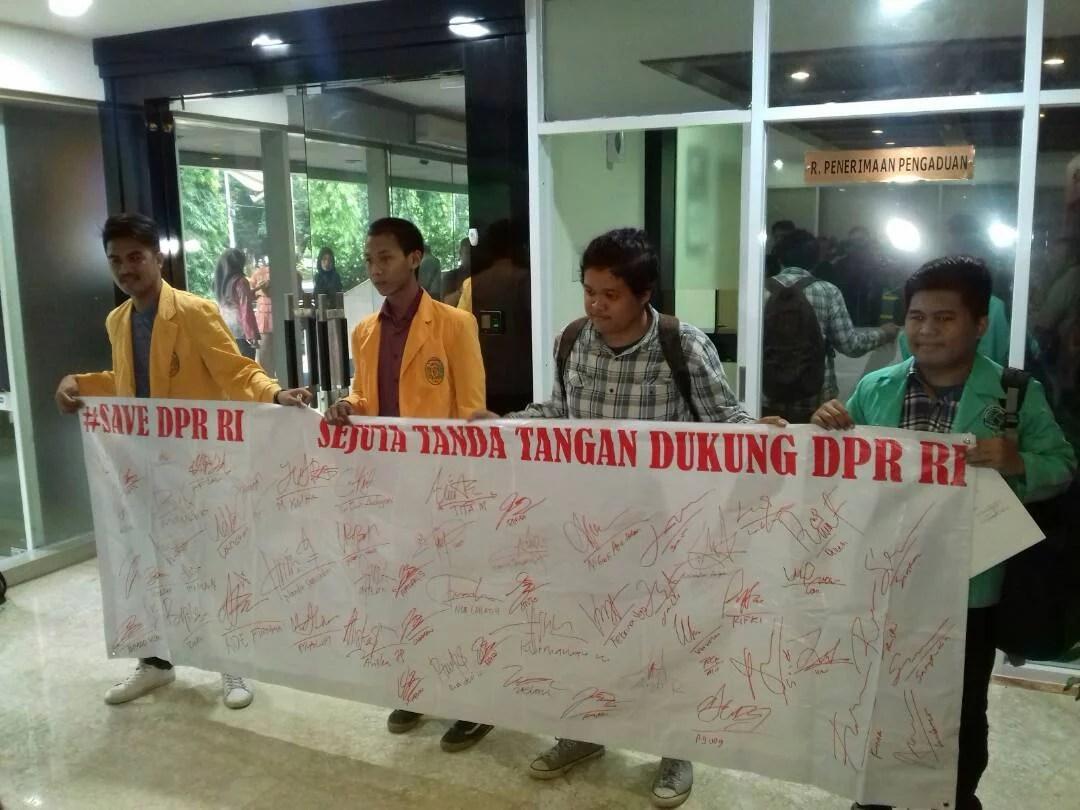 HIMI-PP Desak MKD Untuk Pulihkan Nama Ketua DPR RI Setya Novanto