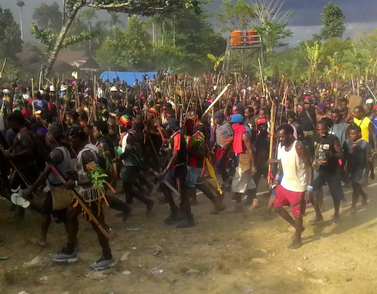 Perang Antar Suku di Papua Pecah, Puluhan Warga Terluka