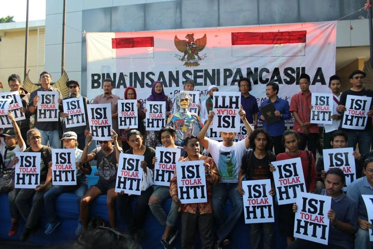 Belajar dari ISI tentang Rekruitment Anggota Baru HTI