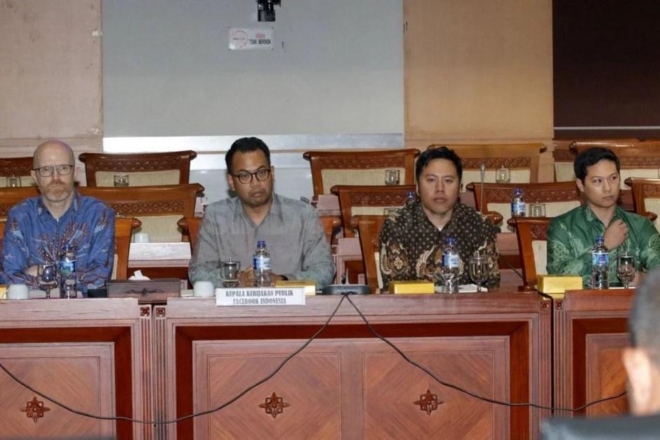Rapat dengan Komisi I, Perwakilan Facebook Indonesia Meminta Maaf dan Janjikan Tiga Hal Ini