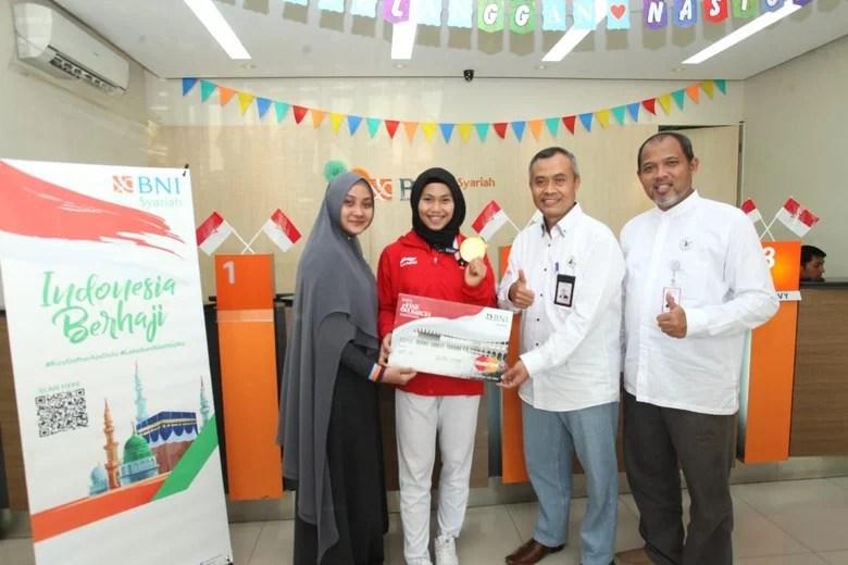 Hijaber Peraih Medali Emas Pertama Asian Games Dapat Hadiah Tabungan Haji