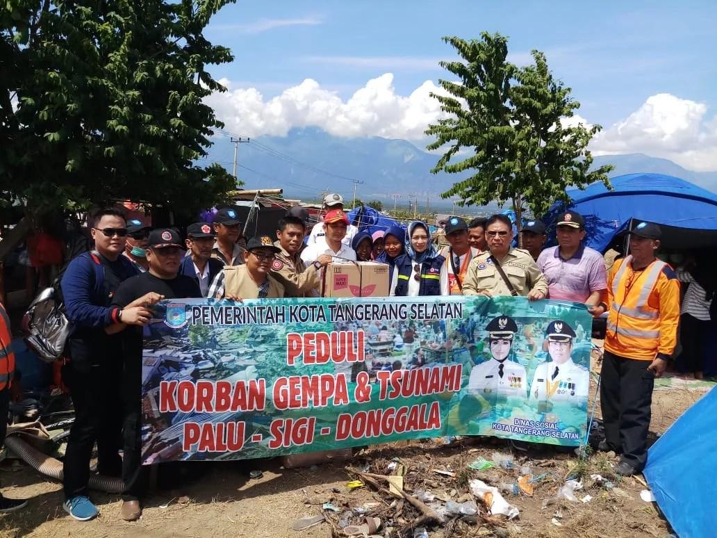 Airin Antar Langsung Bantuan Rp 780 Juta dari Masyarakat Tangsel Untuk Palu